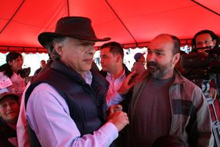 Gobernador lideró encuentros comunitarios en puntos vulnerables de Soacha