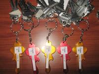 20 juegos de llaves abren la esperanza a familias damnificadas de la Comuna 4