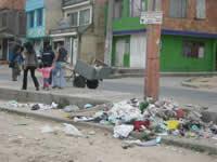 Líderes comunales participan en la recuperación de puntos invadidos por basura y escombros