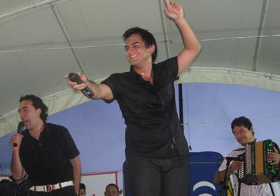 Soacha bailó con «El Duro Isaza»