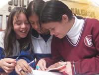 Distrito ahorrará a padres de familia más de 2 millones de pesos anuales por cada hijo matriculado