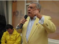 Programas sociales de Bogotá son aplicables en Soacha, dice Carlos Romero