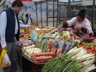 Los vendedores ambulantes esperan una solución