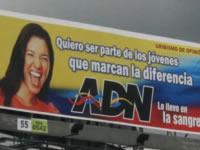 Candidatos violan normas de publicidad