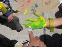 """Actividad de concientización ambiental en el Día de la Tierra"""""""