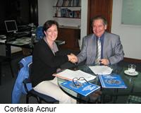 Acnur y Alcaldía de Soacha firman acuerdo de intención para fortalecer atención a población desplazada