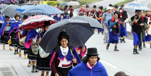 Indígenas cuestionan las celebraciones del bicentenario