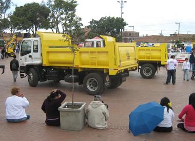 Alcaldía presentó moderno kit de maquinaria para la recuperación de vías
