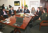 Distrito fortalece mesa de trabajo con el sector de los taxistas