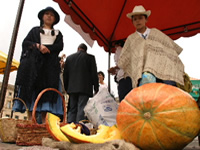 El mercado campesino se toma el parque principal de Soacha
