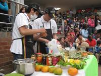 Gastronomía, bailes y música en la primera Feria Saberes y Sabores
