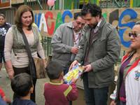 Niños de San Nicolás, Ciudad Latina y Prado las Vegas reciben regalos de la empresa privada