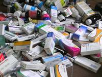 Cientos de medicamentos fueron incautados en Droguería del centro de Soacha