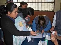 Fundación María Luisa de Moreno entrega ayudas a 143 familias del barrio Olivares