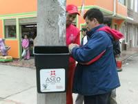 Aseo Internacional instaló papeleras en la comuna uno