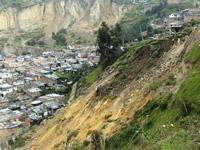 Derrumbes en el barrio La Capilla