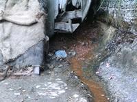 Las aguas negras acechan las viviendas de San Rafael en Ciudadela Sucre