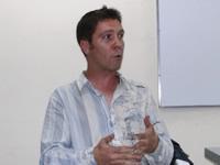 Una tertulia a la española con Óscar Fernández