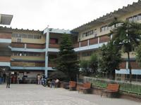 Padres de familia de Soacha: a  barrer y trapear  los colegios