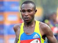 El keniata Geoffrey Mutai dominó la Media Maratón de Bogotá