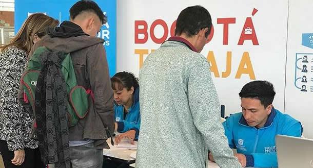Distrito realiza Feria móvil de servicios en la Plazoleta del Portal Américas