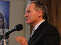 Alcalde Martínez  mantiene su derecho a continuar en el cargo