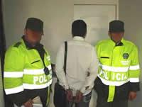 Policía captura falso sacerdote en el barrio  Chicó de Soacha