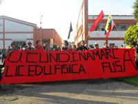 Estudiantes de Soacha y otras universidades públicas avanzan hacia la Plaza de Bolívar