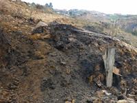 Derrumbe en Villa Esperanza amenaza con 'sepultar' varias viviendas