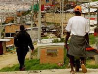 Panfleto amenazante siembra terror en el barrio Casaloma