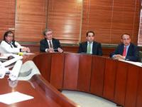 Departamento participa en mesas de trabajo para analizar movilidad en la capital