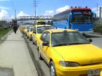Taxistas de Soacha levantan manifestación en la Autopista sur