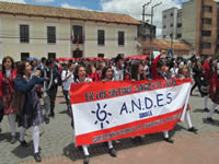 Estudiantes de secundaria de Soacha marcharon por la calidad de la educación