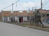 La Veredita,  sitiada por consumidores de droga y pandillas juveniles