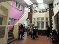 Niños del Bronx tienen jardín infantil