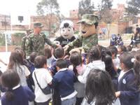 Ejército se toma pedagógicamente las instituciones educativas