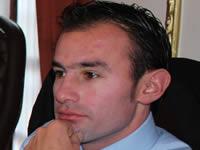 El matrimonio es entre un hombre y una mujer: Concejal Andrés Jaramillo
