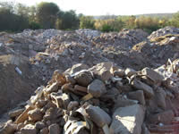 Expertos en manejo de escombros asesoran al Distrito