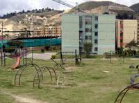 Delincuentes y drogadictos se disputan  zonas verdes de la urbanización San Carlos