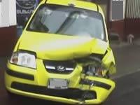 A la media noche, taxi se estrelló con una vivienda en Cazuca