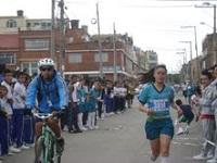 Estudiantes del municipio se preparan para la carrera atlética internacional