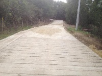En Sibaté construyen vías de  placa huella