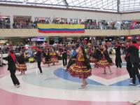 A ritmo de danza y folclor, Tradición Colombiana conmemoró la Batalla de Boyacá
