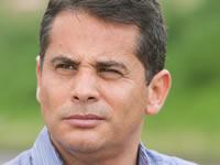 Senador Ferro pide al Gobierno no condicionar diálogo con campesinos