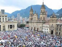 Avanzan las marchas en Bogotá