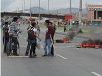 Fuertes disturbios en la Autopista Sur  en Soacha