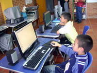 Niños de La Isla reciben refuerzo escolar y espiritual