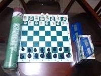 Choachí recibe dotación para escuelas de ajedrez