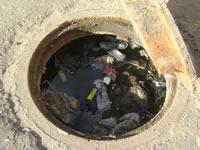 Calles de San Fernando a punto de colapsar por cuenta de las aguas negras