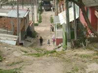 Con la tubería instalada pero sin gas permanece una parte de Julio Rincón